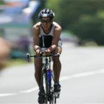 Dr. Anand Roy beim Radfahren.