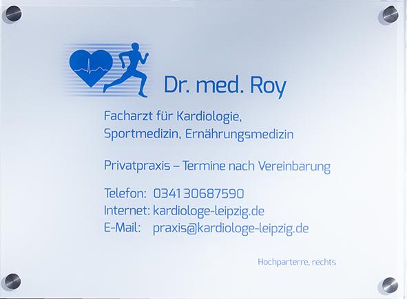 Praxisschild bei Dr.med. Anand Roy - Kardiologe aus Leipzig